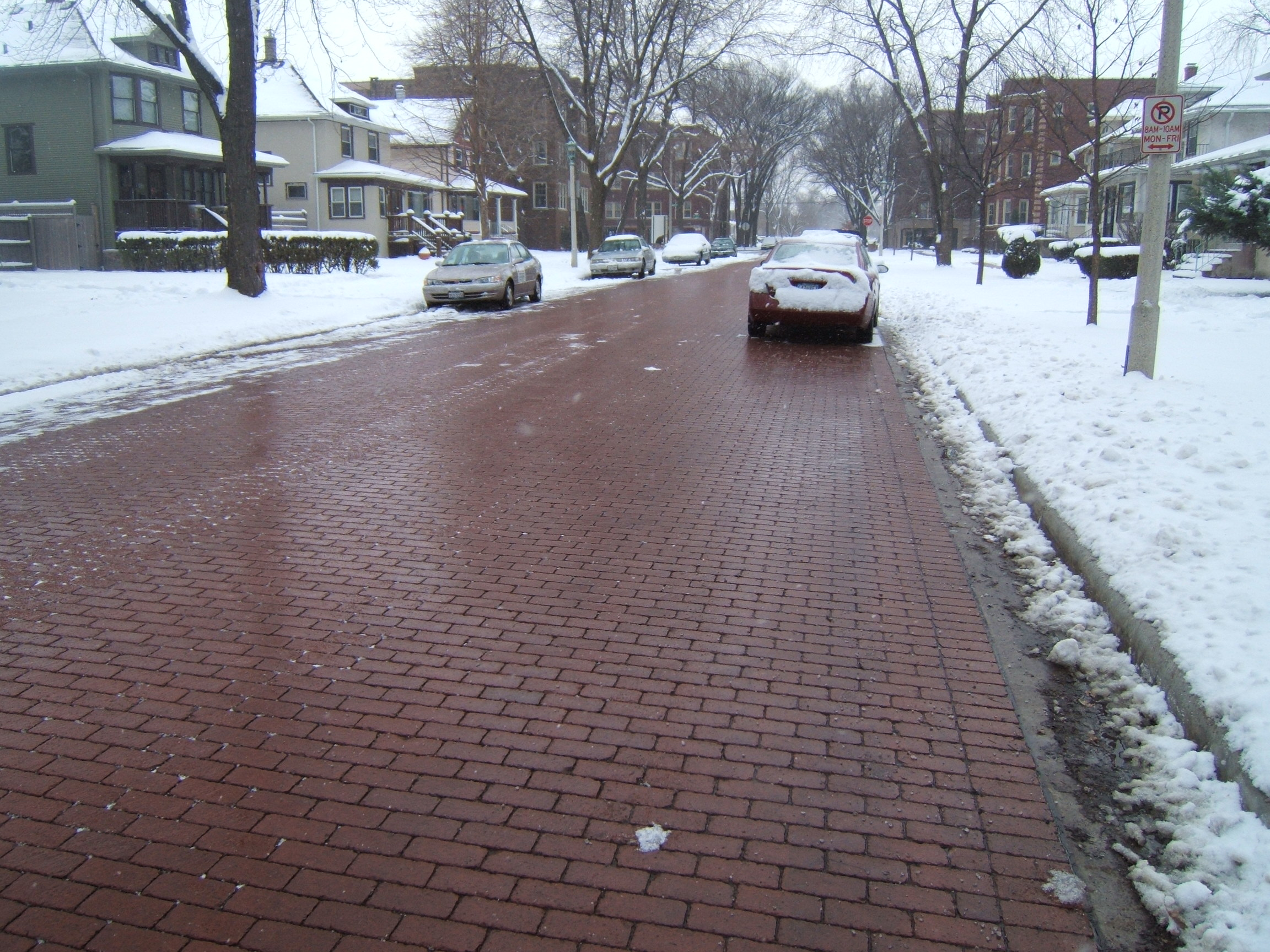 Permeable Pavers Improve Snow And Ice Removal On City