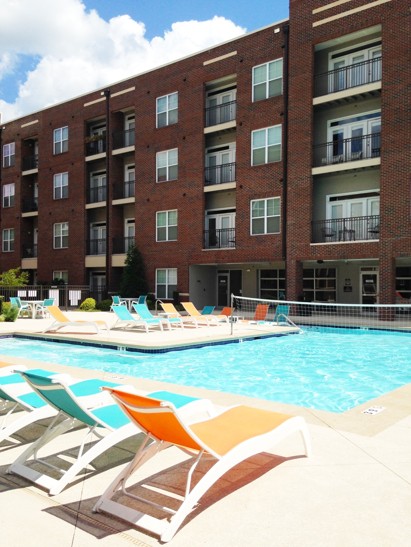 Greenway Greensboro Apartments pool 2